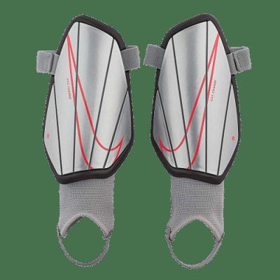 Nike Charge sípcsontvédő, gyerekméret